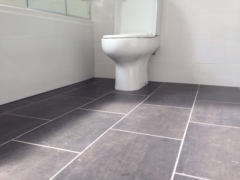 Vinyl flooring independent search solutions for Vinyl floor covering for bathrooms